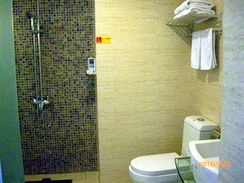 Triple Room In Hotel Consort